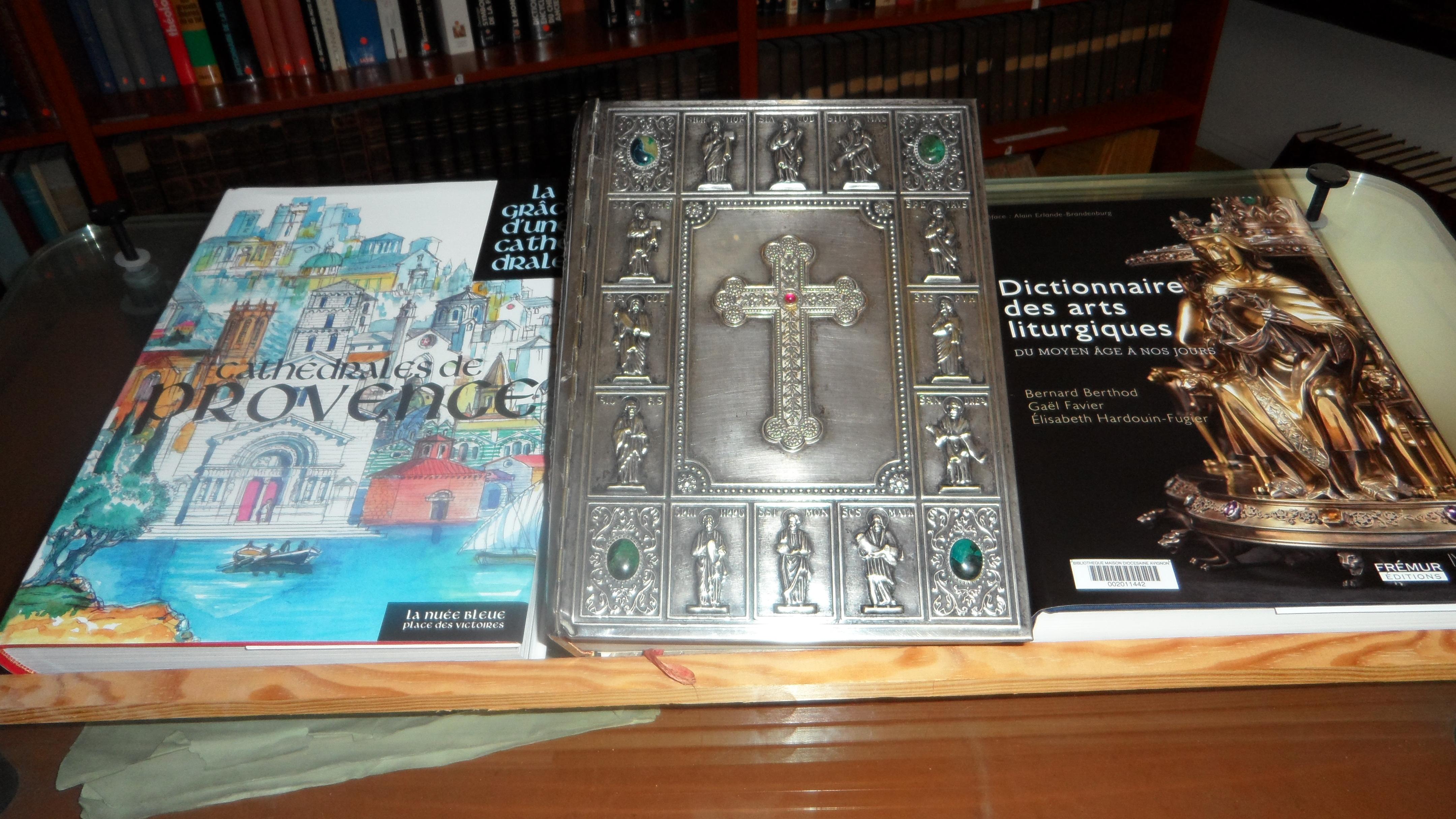 a la maison diocsaine the annuaire culture vie_du_diocese bibliotheque_diocesaine_3jpg bibliotheque_diocesaine_2jpg